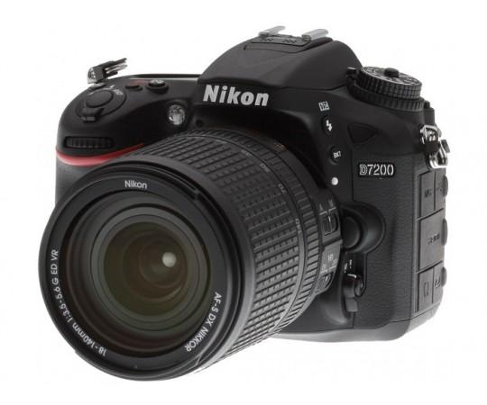 Nikon D7200 m/ 18-140 VR
