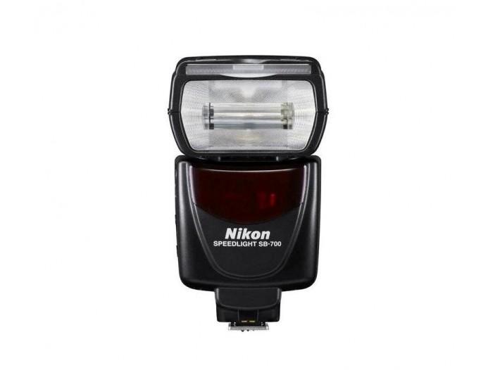 Nikon Blits Speedlight SB-700