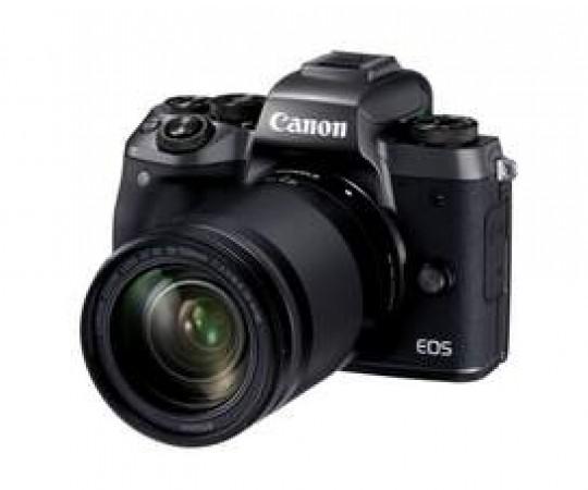 Canon EOS M5 m/ EF-M 18-150mm STM