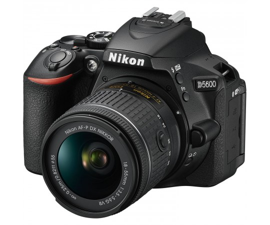 Nikon D5600 hus svart kit AF-P DX 18-55mm F. 3,5-5,6G VR