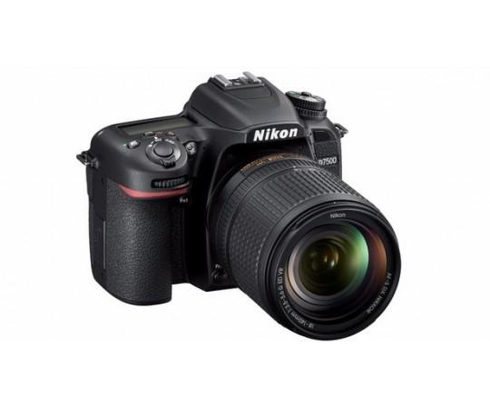 Nikon D7500 kit AF-S 18-140  F.3,5-5,6G DX ED VR