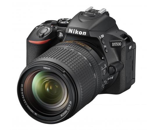 Nikon D5500 kit AF-S DX 18-140 F. 3,5-5,6G EDVR